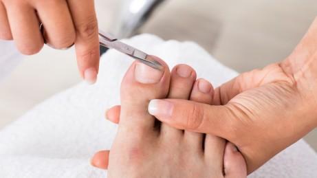 Zehennagel eingewachsener salbe gegen Eingewachsener Fußnagel